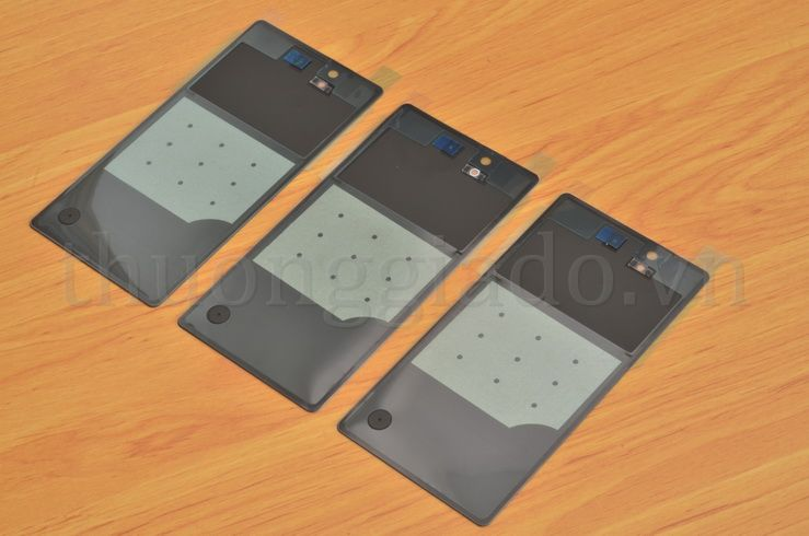 http://thuonggiado.vn/uploads/product/2012/47KV-mieng-kinh-mat-lung-sony-xperia-z-l36h-nap-lung-glass-back-cover-TGD_5915.JPG