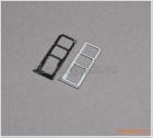Khay sim Motorola One (P30 Play), với 03 ngăn đựng nano sim, kèm thẻ nhớ