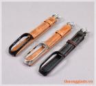 Dây đeo tay thay thế cho Mi Band 4 (chất liệu da bò, khóa giữ máy thông minh)
